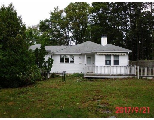Частный односемейный дом для того Продажа на 622 Main Street 622 Main Street Barnstable, Массачусетс 02655 Соединенные Штаты