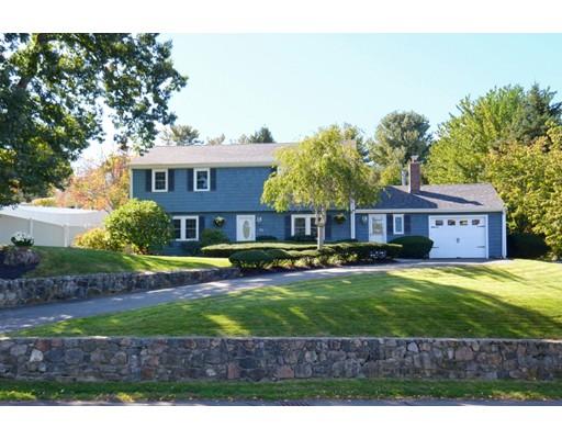 واحد منزل الأسرة للـ Sale في 96 North Street 96 North Street Danvers, Massachusetts 01923 United States