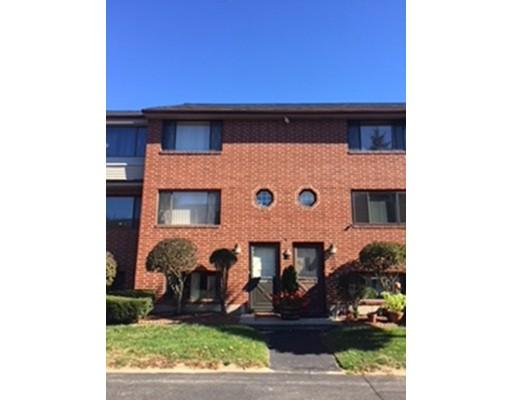 Maison unifamiliale pour l à louer à 395 Farrwood 395 Farrwood Haverhill, Massachusetts 01835 États-Unis