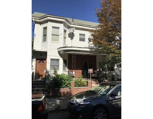 متعددة للعائلات الرئيسية للـ Sale في 7 Webster Street 7 Webster Street Somerville, Massachusetts 02145 United States