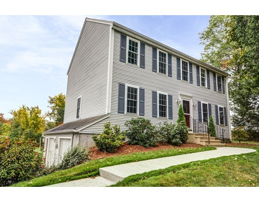 Casa Unifamiliar por un Venta en 6 Crawford Street 6 Crawford Street Northborough, Massachusetts 01532 Estados Unidos
