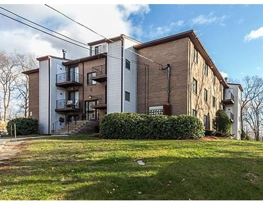 شقة بعمارة للـ Sale في 100 Cass Avenue 100 Cass Avenue Dracut, Massachusetts 01826 United States