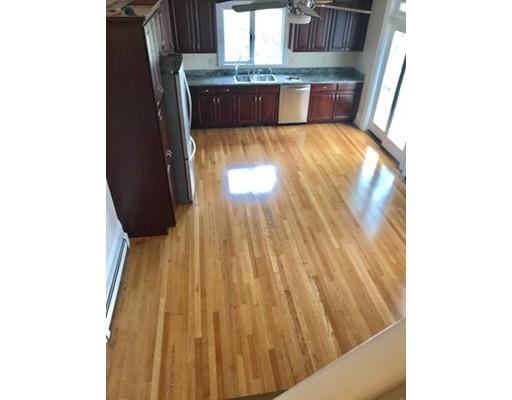 Apartamento por un Alquiler en 206 Adams st #2 206 Adams st #2 Abington, Massachusetts 02351 Estados Unidos