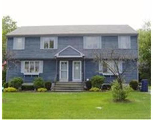 Condominio por un Venta en 12 Blueberry Knoll 12 Blueberry Knoll Bridgewater, Massachusetts 02324 Estados Unidos