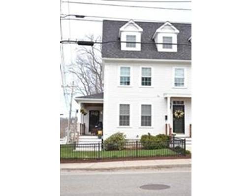 Appartement en copropriété pour l Vente à 202 Main Street 202 Main Street Amesbury, Massachusetts 01913 États-Unis