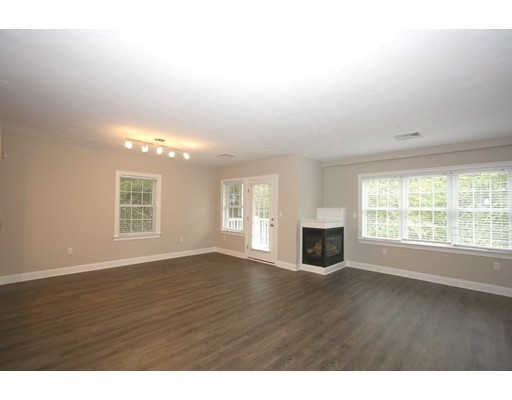 Additional photo for property listing at 62 Hastings  Wellesley, Massachusetts 02481 United States