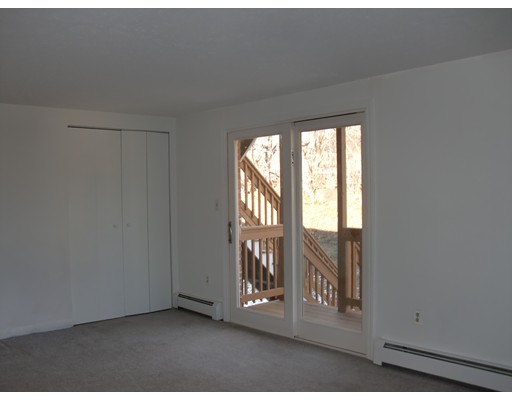 Additional photo for property listing at 3 Zabriskie Drive  Newburyport, 马萨诸塞州 01950 美国
