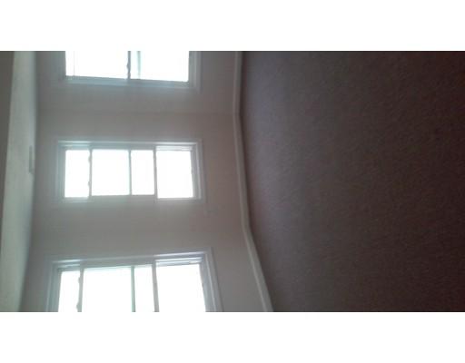 Квартира для того Аренда на 24 GLADESTONE #2 24 GLADESTONE #2 Everett, Массачусетс 02149 Соединенные Штаты