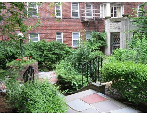 Additional photo for property listing at 36 Highland Avenue  Cambridge, Massachusetts 02139 United States