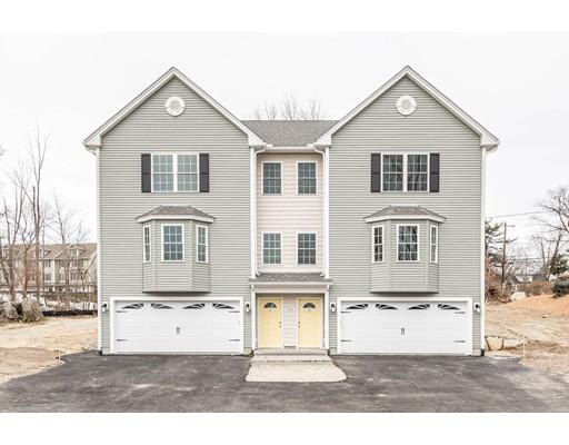 واحد منزل الأسرة للـ Sale في 526 MAMMOTH Road 526 MAMMOTH Road Dracut, Massachusetts 01826 United States
