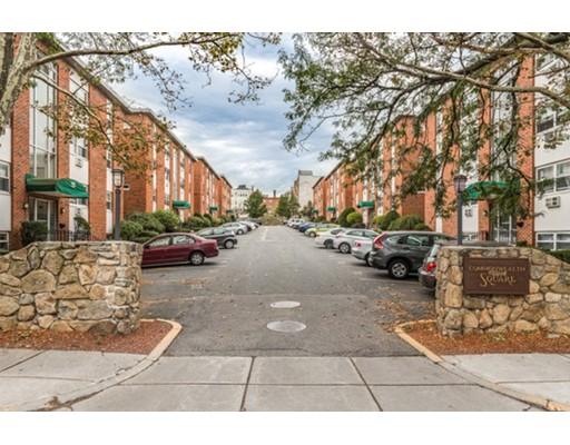 شقة بعمارة للـ Sale في 10 Commonwealth Court 10 Commonwealth Court Boston, Massachusetts 02135 United States