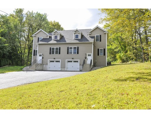 Maison unifamiliale pour l Vente à 13 High Street 13 High Street Grafton, Massachusetts 01536 États-Unis