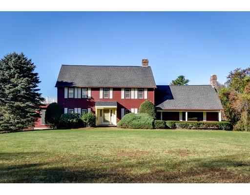 واحد منزل الأسرة للـ Sale في 425 HIGHLAND STREET 425 HIGHLAND STREET Holliston, Massachusetts 01746 United States