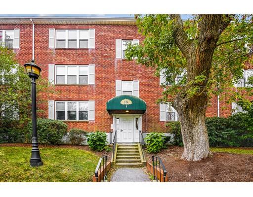 شقة بعمارة للـ Sale في 152 Newton Street 152 Newton Street Boston, Massachusetts 02135 United States