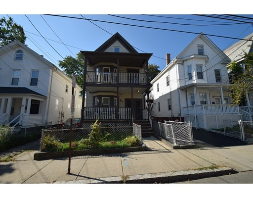 Casa Multifamiliar por un Venta en 6 Evergreen Avenue 6 Evergreen Avenue Somerville, Massachusetts 02145 Estados Unidos