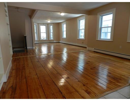 Casa Unifamiliar por un Alquiler en 14 Fairmont Street Cambridge, Massachusetts 02139 Estados Unidos