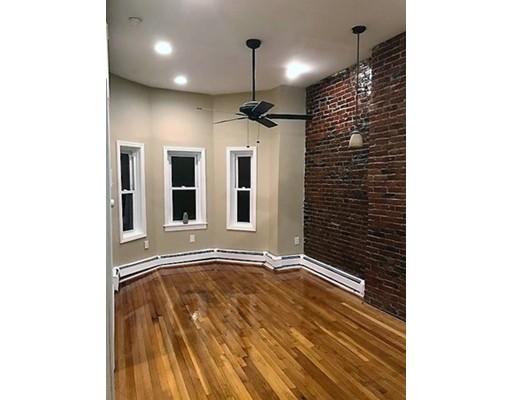 Appartement en copropriété pour l Vente à 130 Washington Avenue 130 Washington Avenue Chelsea, Massachusetts 02150 États-Unis