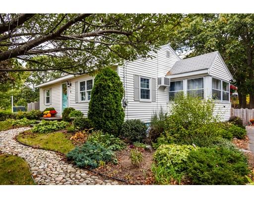 واحد منزل الأسرة للـ Sale في 4 Pickering Court 4 Pickering Court Danvers, Massachusetts 01923 United States