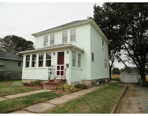 Частный односемейный дом для того Продажа на 10 Gloucester Avenue 10 Gloucester Avenue Gloucester, Массачусетс 01930 Соединенные Штаты