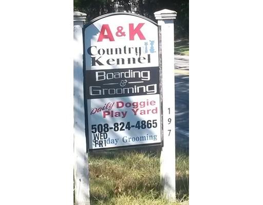 Comercial por un Venta en 197 Carver Street 197 Carver Street Raynham, Massachusetts 02767 Estados Unidos