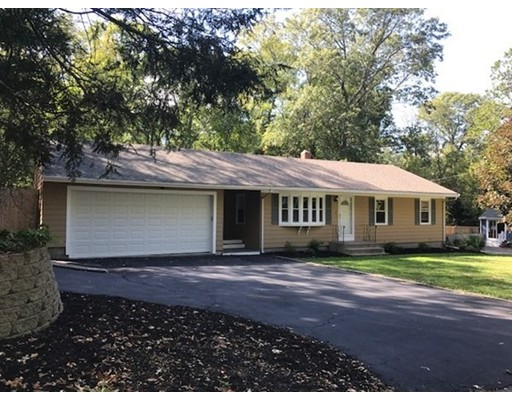Single Family Home for Sale at 2 Odonnell Drive 2 Odonnell Drive Attleboro, Massachusetts 02703 United States