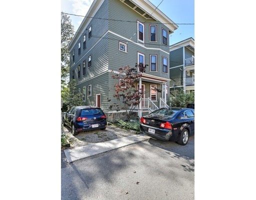 Piso por un Venta en 8 George Street 8 George Street Cambridge, Massachusetts 02140 Estados Unidos