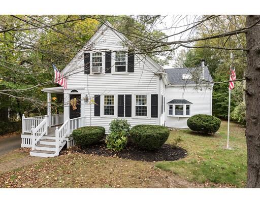 独户住宅 为 销售 在 54 Liberty Street 54 Liberty Street 伦道夫, 马萨诸塞州 02368 美国