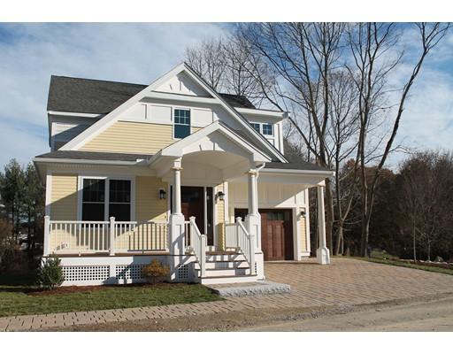 Maison unifamiliale pour l Vente à 48 Evergreen Avenue 48 Evergreen Avenue Bedford, Massachusetts 01730 États-Unis