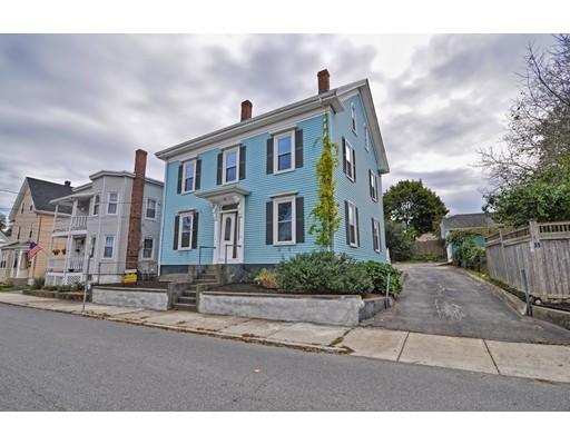 Maison avec plusieurs logements pour l Vente à 45 Aborn Street 45 Aborn Street Peabody, Massachusetts 01960 États-Unis