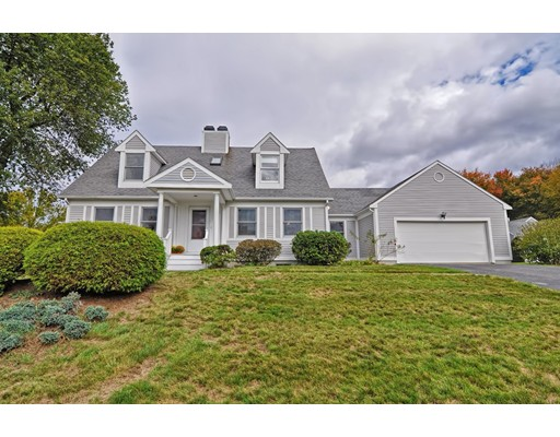 Single Family Home for Sale at 35 White Sisters Way 35 White Sisters Way Canton, Massachusetts 02021 United States