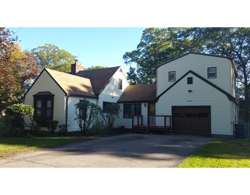 Single Family Home for Sale at 59 Himoor Circle 59 Himoor Circle Randolph, Massachusetts 02368 United States
