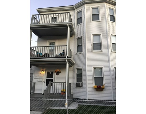 Additional photo for property listing at 71 Billings Road  Quincy, Massachusetts 02171 Estados Unidos