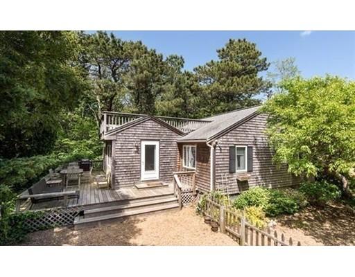 Single Family Home for Sale at 93 Shawanue 93 Shawanue Oak Bluffs, Massachusetts 02557 United States