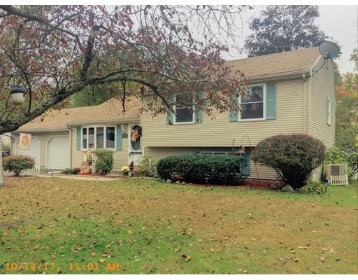 Casa Unifamiliar por un Venta en 118 Tamarack Drive Springfield, Massachusetts 01129 Estados Unidos