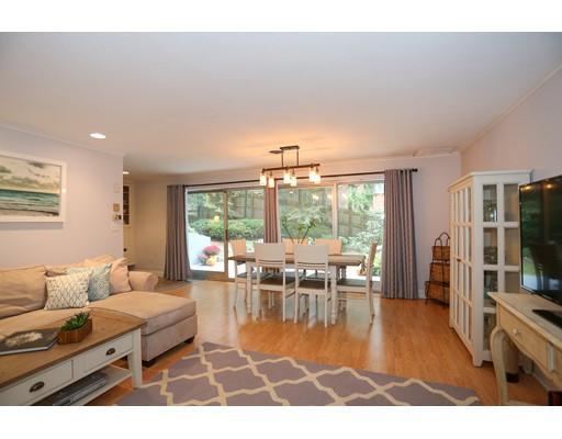 共管物業 為 出售 在 1206 GREENDALE Avenue 1206 GREENDALE Avenue Needham, 麻塞諸塞州 02492 美國