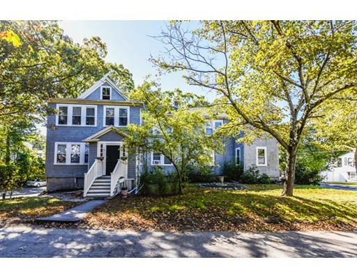 Condominio por un Venta en 48 Fleming Street 48 Fleming Street Dedham, Massachusetts 02026 Estados Unidos