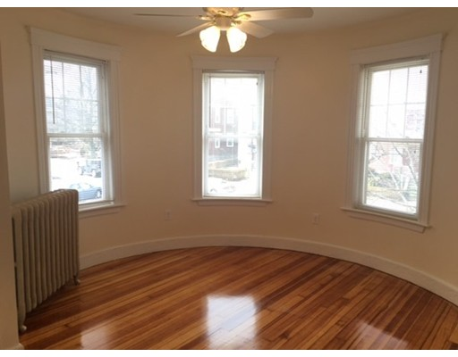 Additional photo for property listing at 6 Pleasant Street  Boston, Massachusetts 02125 Estados Unidos