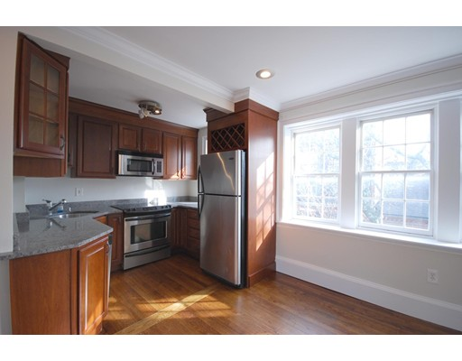 Casa Unifamiliar por un Alquiler en 16 Melrose Street Boston, Massachusetts 02116 Estados Unidos