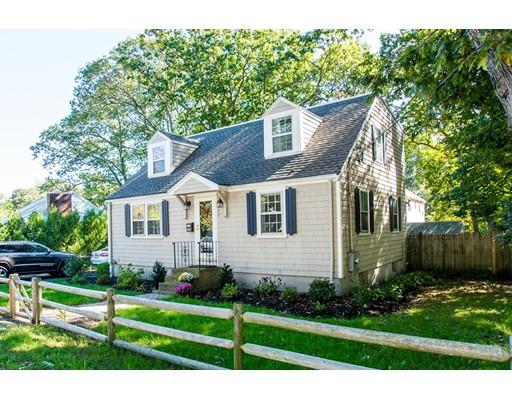 Частный односемейный дом для того Продажа на 252 Common Street 252 Common Street Braintree, Массачусетс 02184 Соединенные Штаты