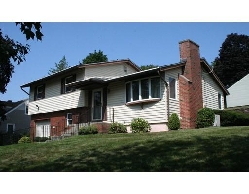 واحد منزل الأسرة للـ Sale في 25 Erie Avenue 25 Erie Avenue Holyoke, Massachusetts 01040 United States