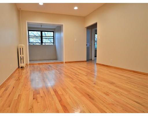 独户住宅 为 出租 在 317 Summit Avenue 波士顿, 02135 美国