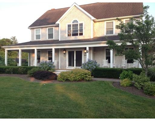 Частный односемейный дом для того Продажа на 106 Clevelandtown Road 106 Clevelandtown Road Edgartown, Массачусетс 02539 Соединенные Штаты