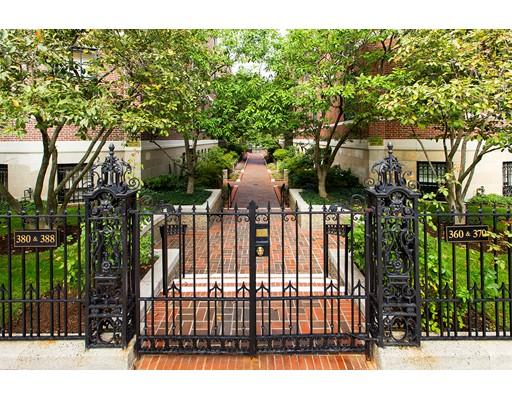 Nhà chung cư vì Bán tại 380 Beacon 380 Beacon Boston, Massachusetts 02116 Hoa Kỳ