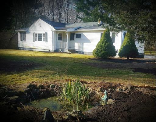 Casa Unifamiliar por un Venta en 615 Berkley Street 615 Berkley Street Berkley, Massachusetts 02779 Estados Unidos