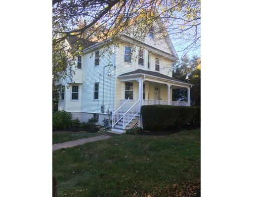 Casa Unifamiliar por un Venta en 177 Cedar Street 177 Cedar Street Wellesley, Massachusetts 02481 Estados Unidos
