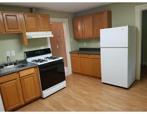 共管式独立产权公寓 为 销售 在 23 Rockwell Street 莫尔登, 02148 美国