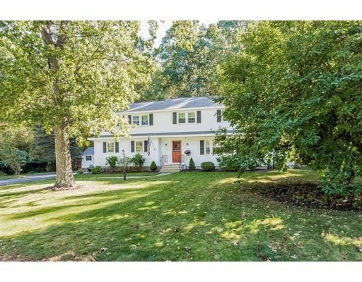 Частный односемейный дом для того Продажа на 14 Berkeley Drive 14 Berkeley Drive Chelmsford, Массачусетс 01824 Соединенные Штаты