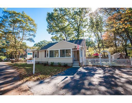 Casa para uma família para Venda às 16 Evergreen Road 16 Evergreen Road Natick, Massachusetts 01760 Estados Unidos