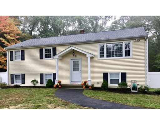 Single Family Home for Sale at 44 Wheaton Drive 44 Wheaton Drive Attleboro, Massachusetts 02703 United States