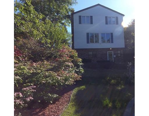 Многосемейный дом для того Продажа на 42 Boundary Road 42 Boundary Road Malden, Массачусетс 02148 Соединенные Штаты